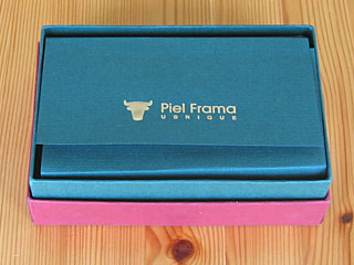 piel frama case for dell axim packaging